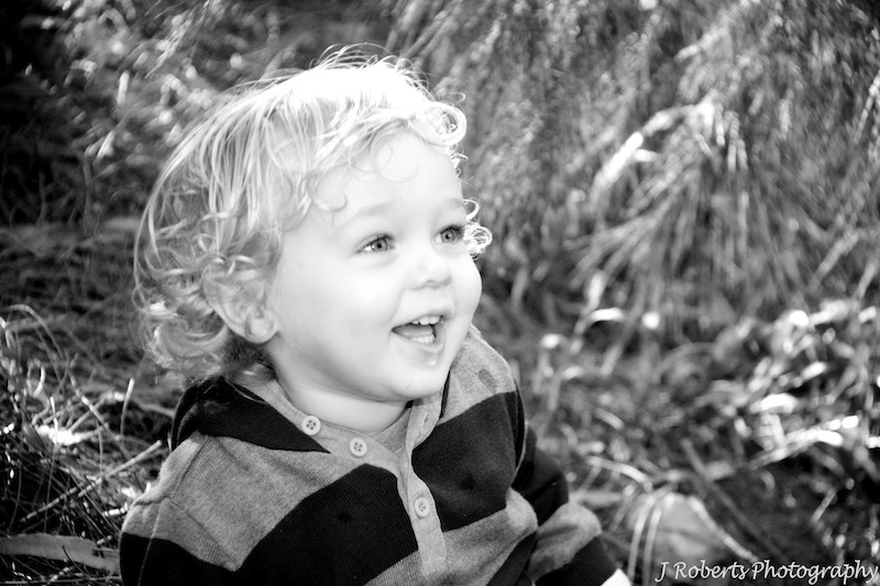 B&W of a gorgeous toddler - family portrait photography sydney