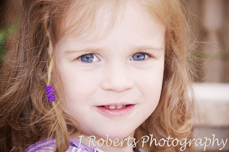 Gorgeous little girls eyes - family portrait photography sydney
