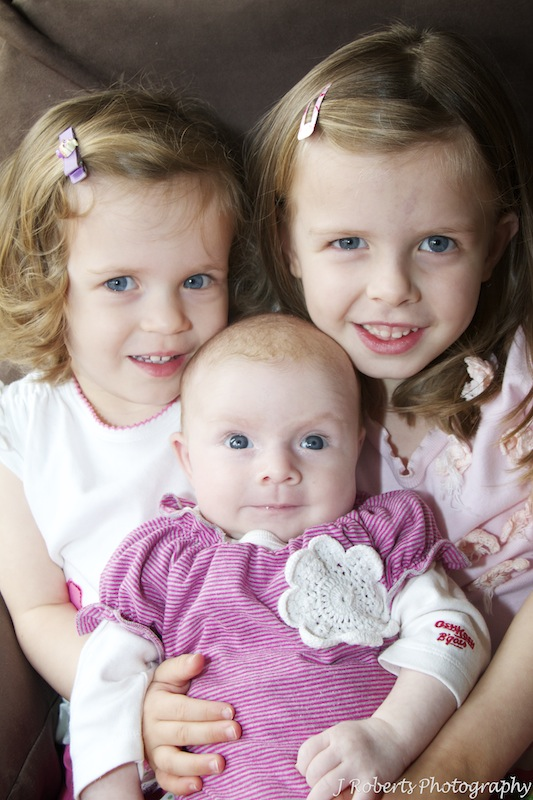 Three sisters - family portrait photography