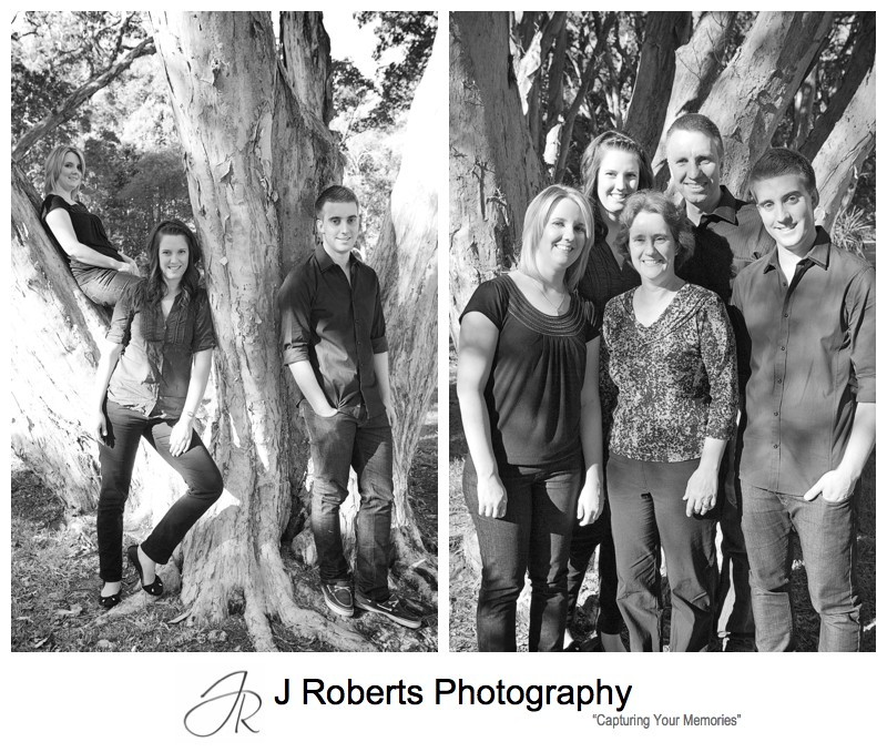 B&W portraits of grown family centennial park sydney - family portrait photography sydney