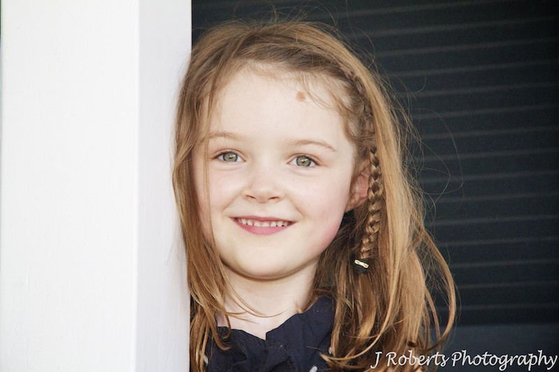 Smiling 5 year old girl - family portrait photography sydney