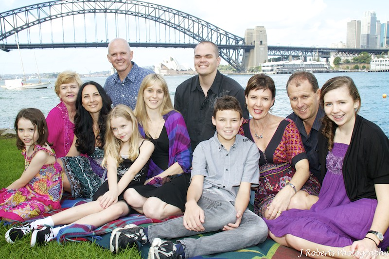 Extended family three generations - family portrait photography sydney