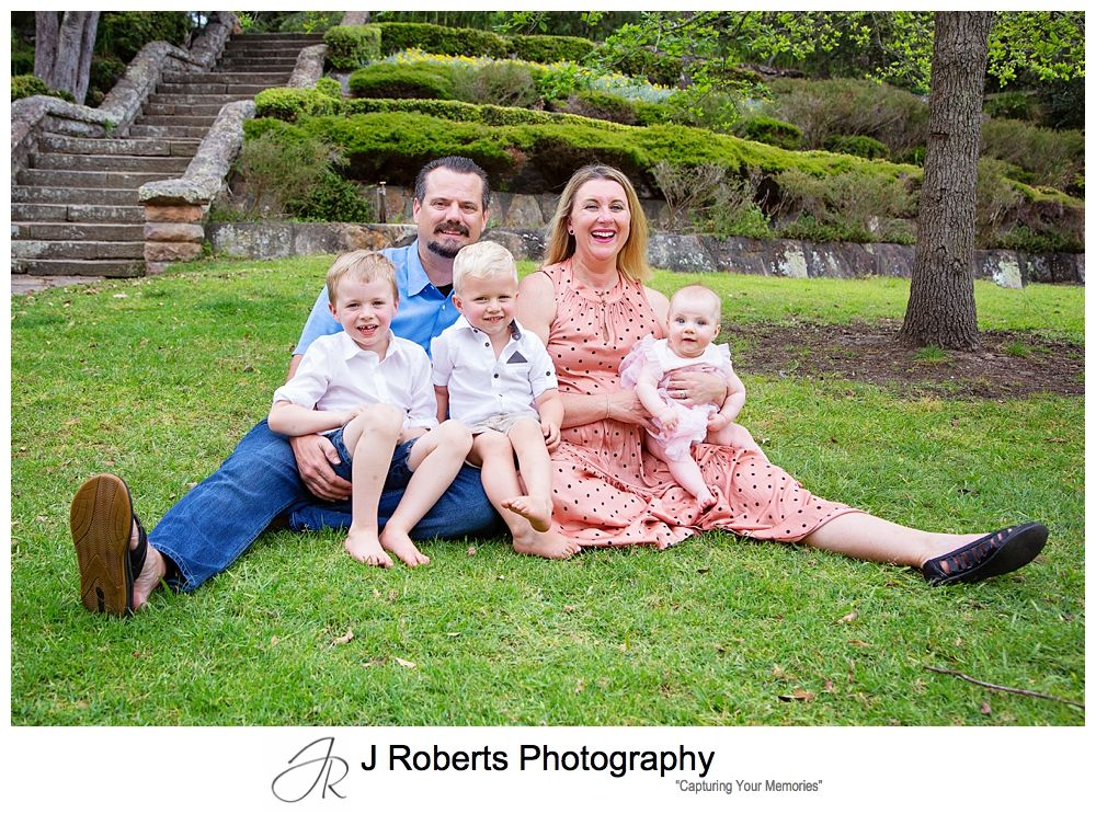 Family Portrait Photography Sydney Weekday 40mins 40 images Session Echo Point Roseville Chase