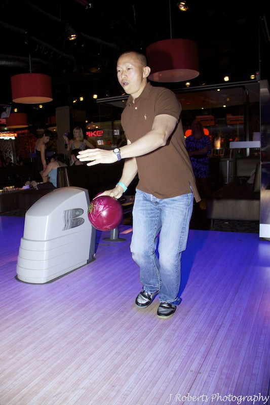 Great bowling - party photography