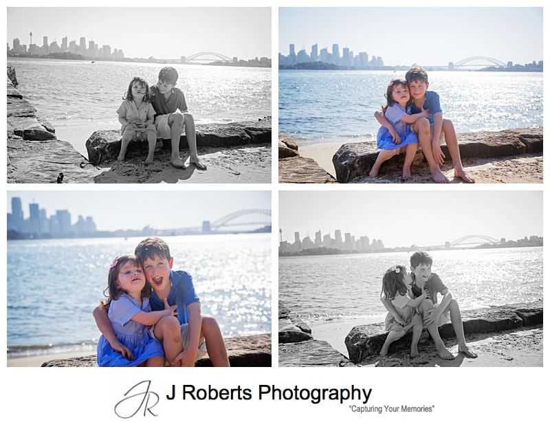 Sydney Family Portrait Photographer - Candid extended family portraits - Bradley's Head Sydney Harbour