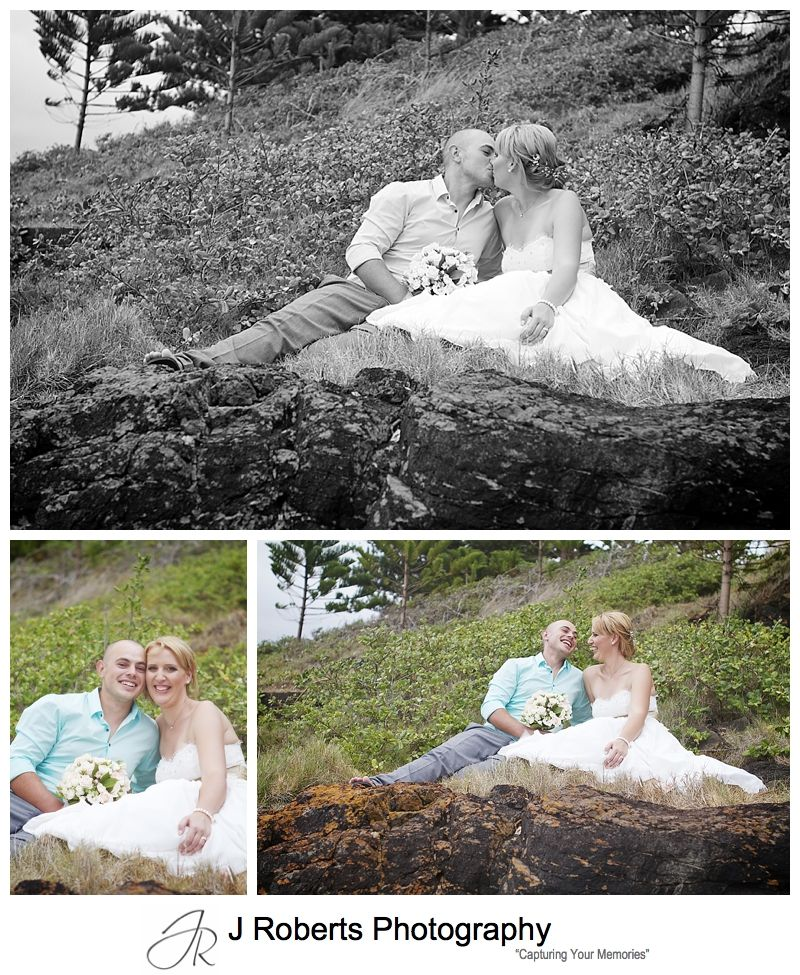 Picnicing bridal couple - sydney wedding photographer