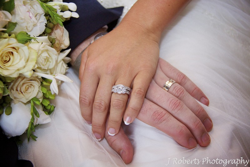Couples wedding bands - wedding photography sydney