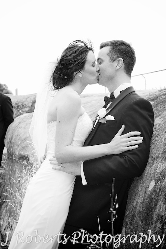 bride and groom kissing on bridal shoot - wedding photography sydney