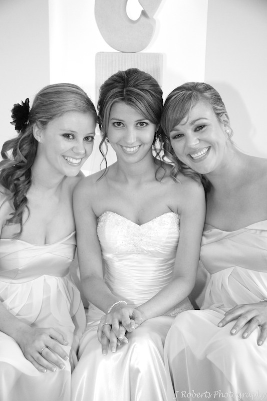 B&W Bride and bridesmaids - wedding photography