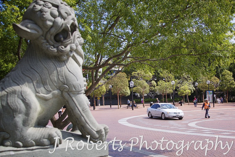 Bridal car arriving at Chinese Gardens Darling Harbour - wedding photography sydney