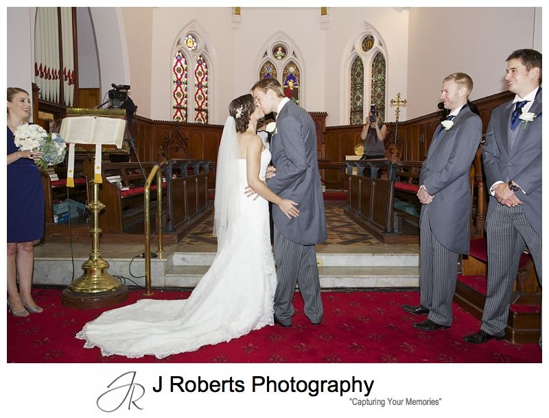 First kiss at Christ Church Lavender Bay - sydney wedding photography