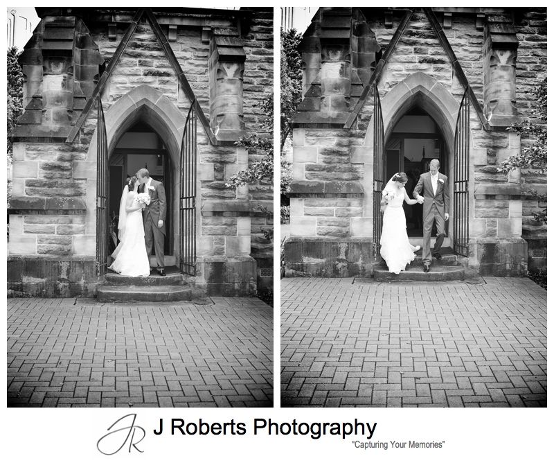 Bride and groom on the steps of Christ Church Lavender Bay - sydney wedding photography