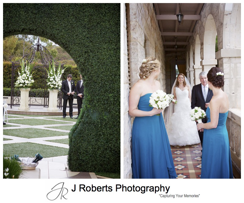 Bride and groom with last minute nerves - wedding photography sydney