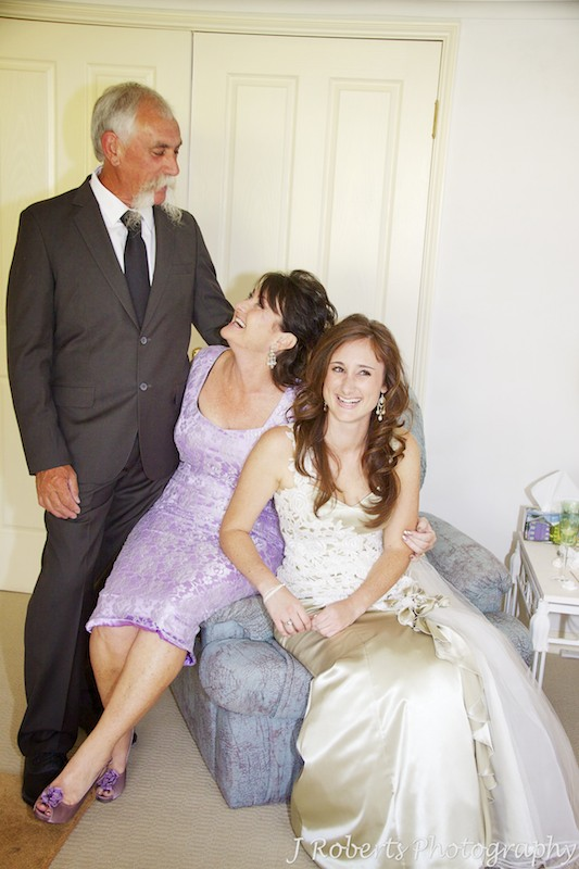 Bride with her parents before the wedding - wedding photography sydney