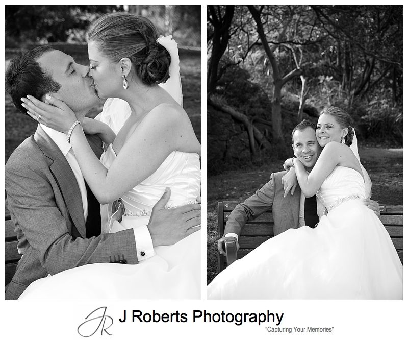 B&W of couple on a park bench - wedding photography sydney