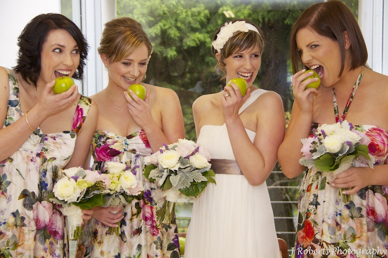 bridesmaids and apples - wedding photography