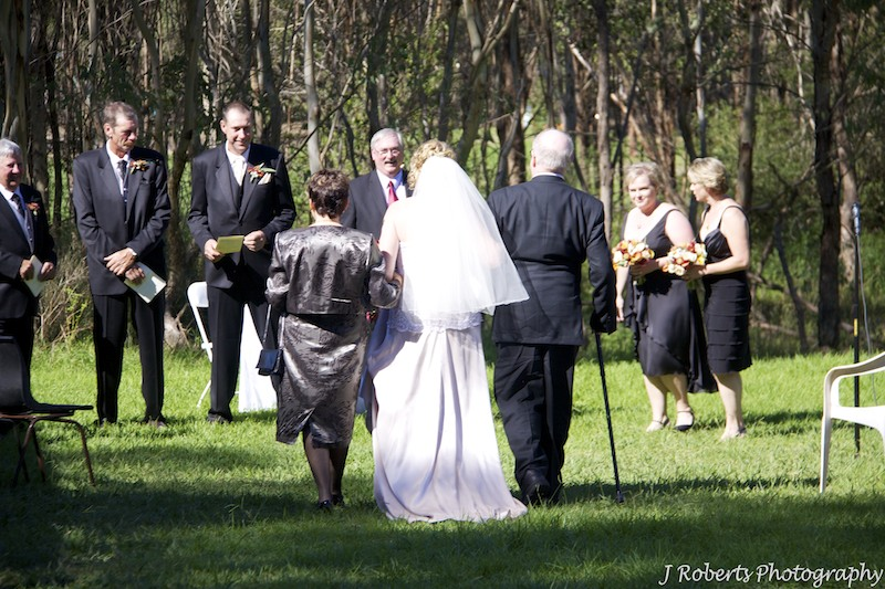 Bride greeting groom - wedding photography sydney