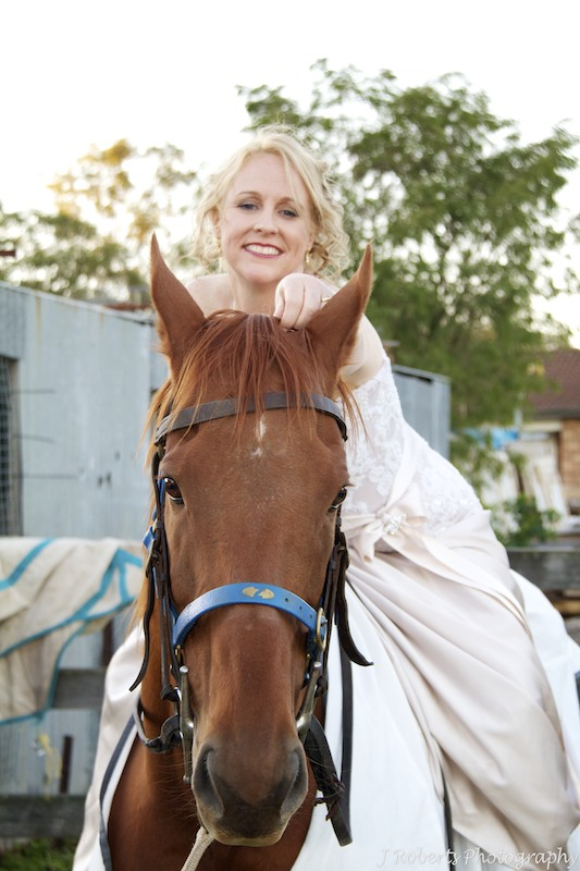 Bride on horse - wedding photography sydney