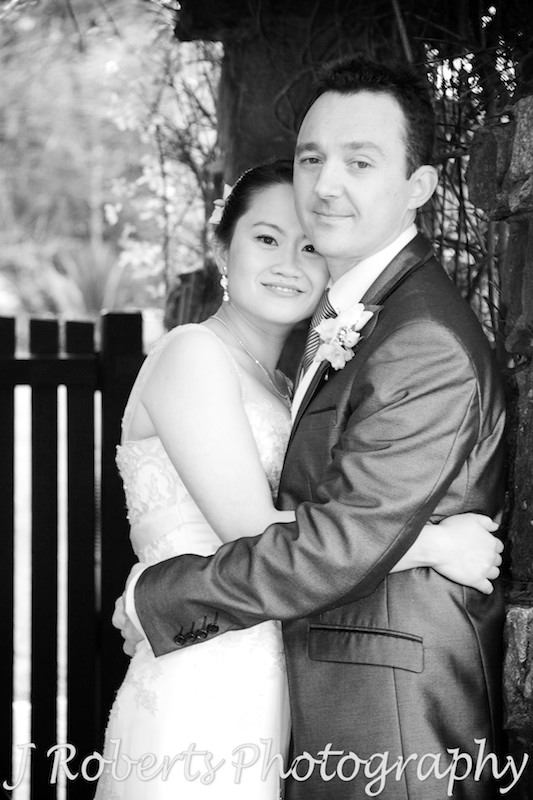 Bride and groom in black and white - wedding photography sydney