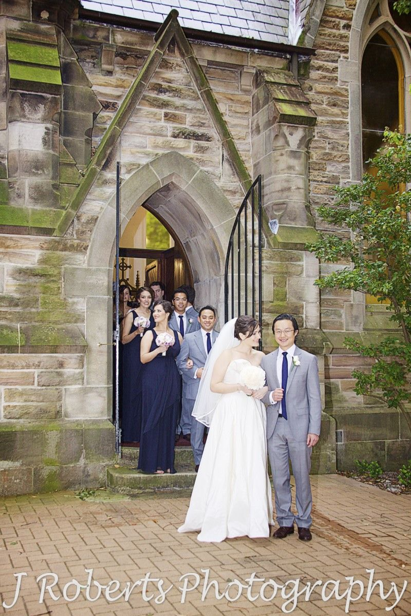 Bride and groom outside Christ Church Lavender Bay - wedding photography sydney