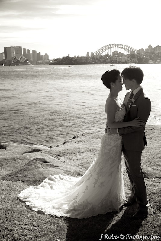 Bride and groom cremorne point - wedding photography