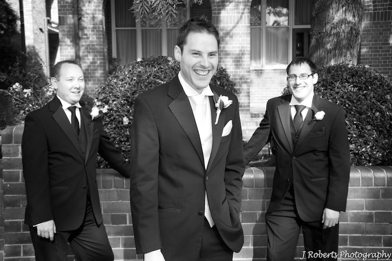 B&W of groom with his groomsmen - wedding photography sydney