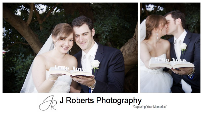 Bride and groom 'true love' signage - wedding photography sydney