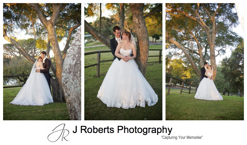 Bridal sunset photographs in the lawns of Old Government House Parramatta - Sydney wedding photographers