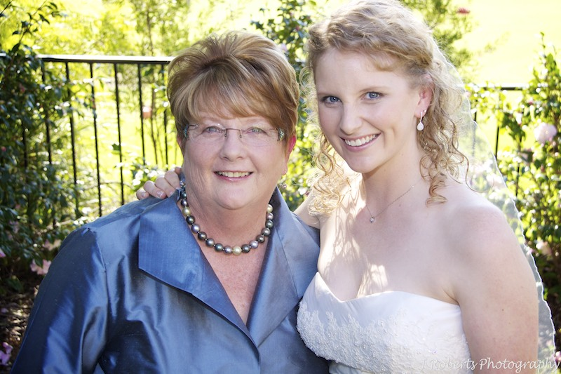 Bride and her mother - wedding photography sydney