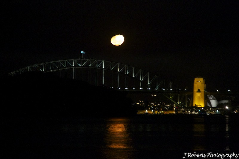 Moonrise over the Sydney harbour Bridge - wedding photography sydney
